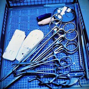 Préparation des dispositifs médicaux avant stérilisation